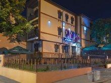 Villa Rugetu (Mihăești), La Favorita Hotel