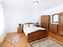 Apartament Slămnești, Casa Crișan