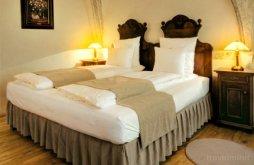 Bed & breakfast near Magheruș Bath, Fronius Residence