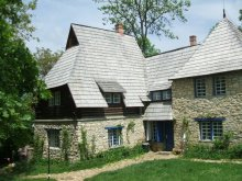 Cazare Casa de Piatră, Pensiunea Riszeg