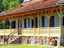 Cabană Băile Tușnad, Casa de vânătoare Dobrica