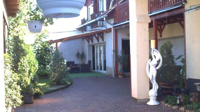 Szent György Guesthouse Esztergom