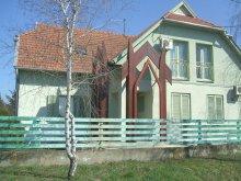 Accommodation Jász-Nagykun-Szolnok county, Rév Apartments