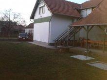 Accommodation Jász-Nagykun-Szolnok county, Fehérszekér Apartments