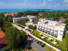 Accommodation Balatonszemes, Két Korona Wellness and Conference Hotel