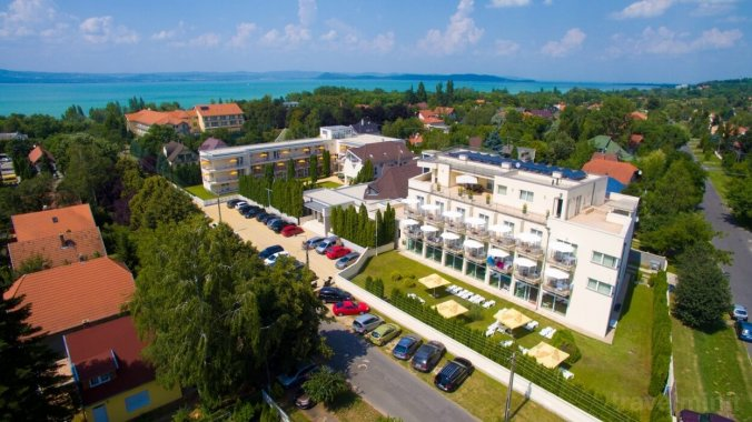 Két Korona Wellness and Conference Hotel Balatonszárszó