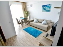 Apartman Valu lui Traian, Luxury Saint-Tropez Studio by the sea