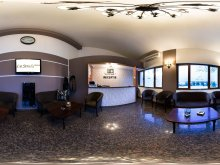 Accommodation Stâlpu, La Strada Hotel