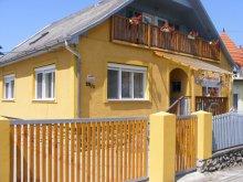 Cazare Sajómercse, Pensiunea şi Apartamentul Napfeny