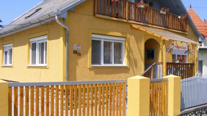 Napfeny Guesthouse and Apartment Szilvásvárad