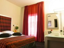 Accommodation Ungureni (Dragomirești), Tichet de vacanță, Central Hotel by Zeus International