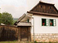 Kulcsosház Magyarpeterd (Petreștii de Jos), Zabos Kulcsosház