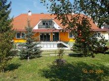 Casă de oaspeți Slănic Moldova, Casa de oaspeți Edit