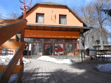 Pachet Rudolftelep, Pensiunea si Restaurant Kilátó