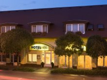 Cazare Nyúl, Hotel Alfa