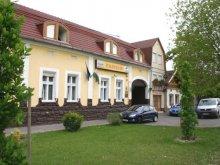 Accommodation Szeged, Kenguru Hotel