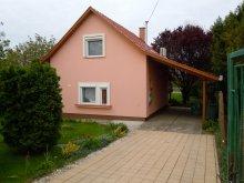 Vacation home Tiszavárkony, Kamilla Vacation House