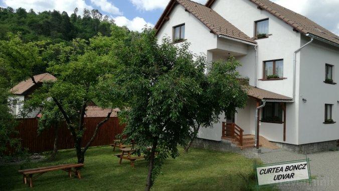 Boncz Guesthouse Praid