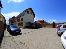 Pensiune județul Sibiu, Pensiunea Denim