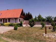 Casă de oaspeți Tiszatelek, Casa de oaspeți Zakator