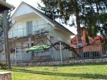 Cazare Balatonszemes, Casa de oaspeți Német - Apartament la parter