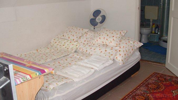 Németh Vendégház - Emeleti Apartman Fadd