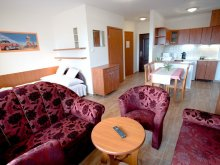 Accommodation Hungary, Bordó Bársony Apartment
