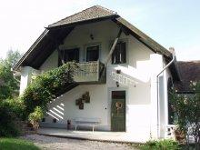 Casă de oaspeți Orfű, Casa de oaspeți Provincia