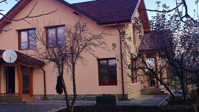 Casa Ioana Guesthouse Vânători