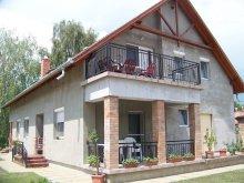 Accommodation Zamárdi, Szalkai Apartment house - Klára Apartment