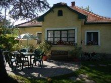 Casă de vacanță Balatonaliga, Apartament Gerencsér