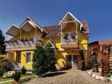 Accommodation Eger, Castello Guesthouse