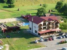 Cazare Mustești, Pensiunea Carpathia