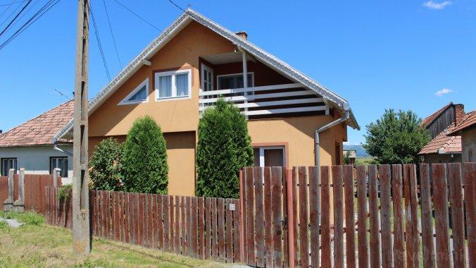 Casa de oaspeți Enikő Suseni