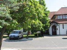 Hotel Cirák, Hotel Józsi Bácsi