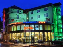 Cazare Toculești, Hotel Piemonte