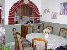 Casă de vacanță Balatonaliga, Casa de vacanță Timiház