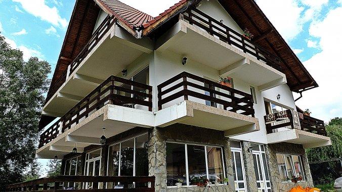 Iulia's Guesthouse Bran
