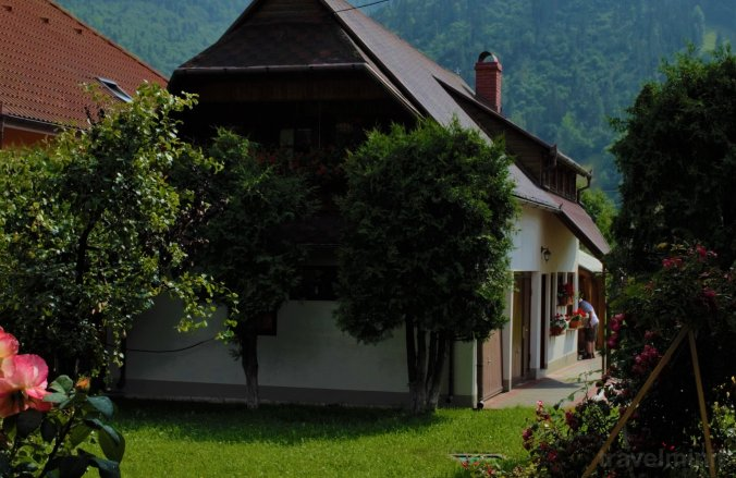 Legendary Little House Ghimeș