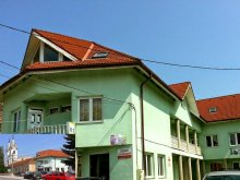Accommodation Lunca Bradului, Erika B&B