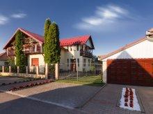Accommodation Huzărești, Tip-Top Guesthouse