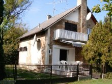 Casă de vacanță Bolhás, Casa de vacanta BF 1012