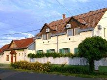Apartament județul Jász-Nagykun-Szolnok, Casa de oaspeți Unicum