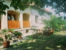 Casă de oaspeți Fertőd, Casa de oaspeți Marika