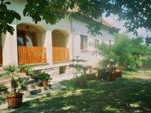 Casă de oaspeți județul Győr-Moson-Sopron, Casa de oaspeți Marika