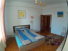 Apartman Borrev (Buru), Főtér Apartman