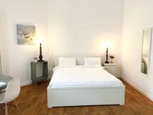Apartament Dealu Roatei, The Scandinavian Deluxe Studio
