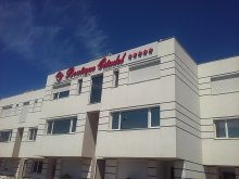 Accommodation Mamaia, Boutique Citadel Vila