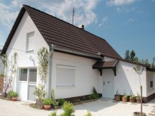 Vacation home Balatonszemes, Bartha Vacation Home