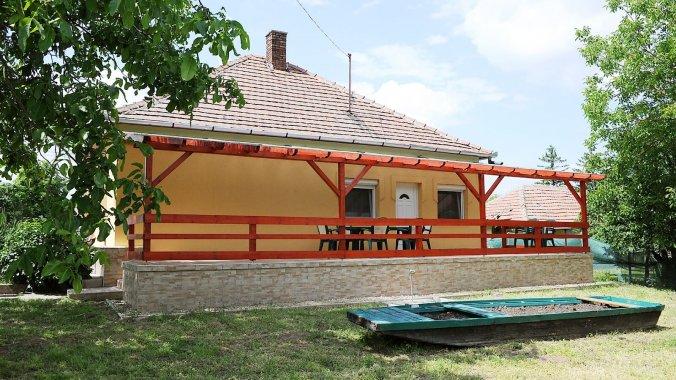 Casa de oaspeți Lori Poroszló